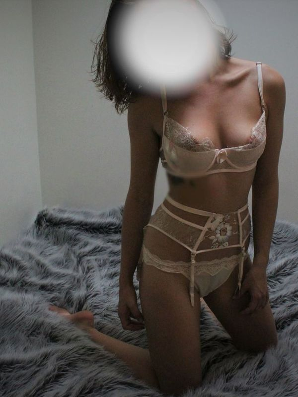 View Blue, South Island Escort | Tel: 0212580984