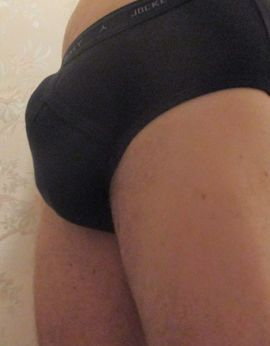 View Tall Andre, Well Hung, Males Escort | Tel: 0272793780