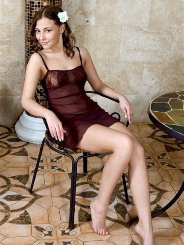 View Kitty, South Island Escort | Tel: 02041967191