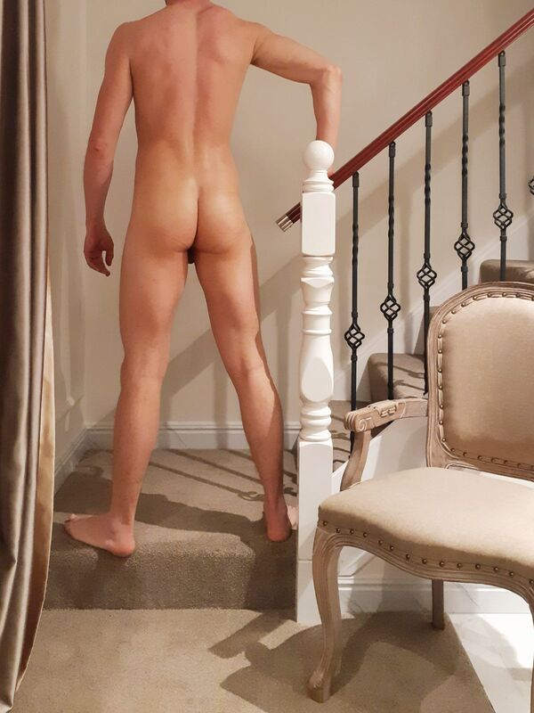 View Alex, Males Escort | Tel: 0273674264