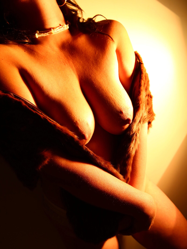 View Ellie, South Island Escort | Tel: 02102968151