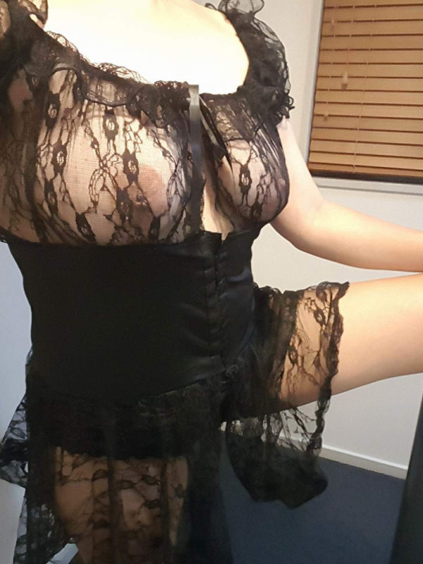 View Lauren, Christchurch Escort | Tel: 02041630077
